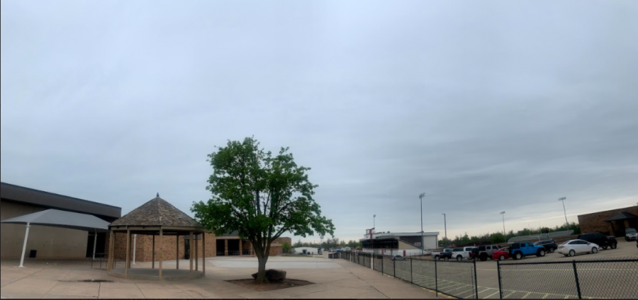 clouds hanging over the lunch area at YMS